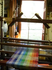 Loom in garage (1)