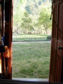 Loom in garage (5)